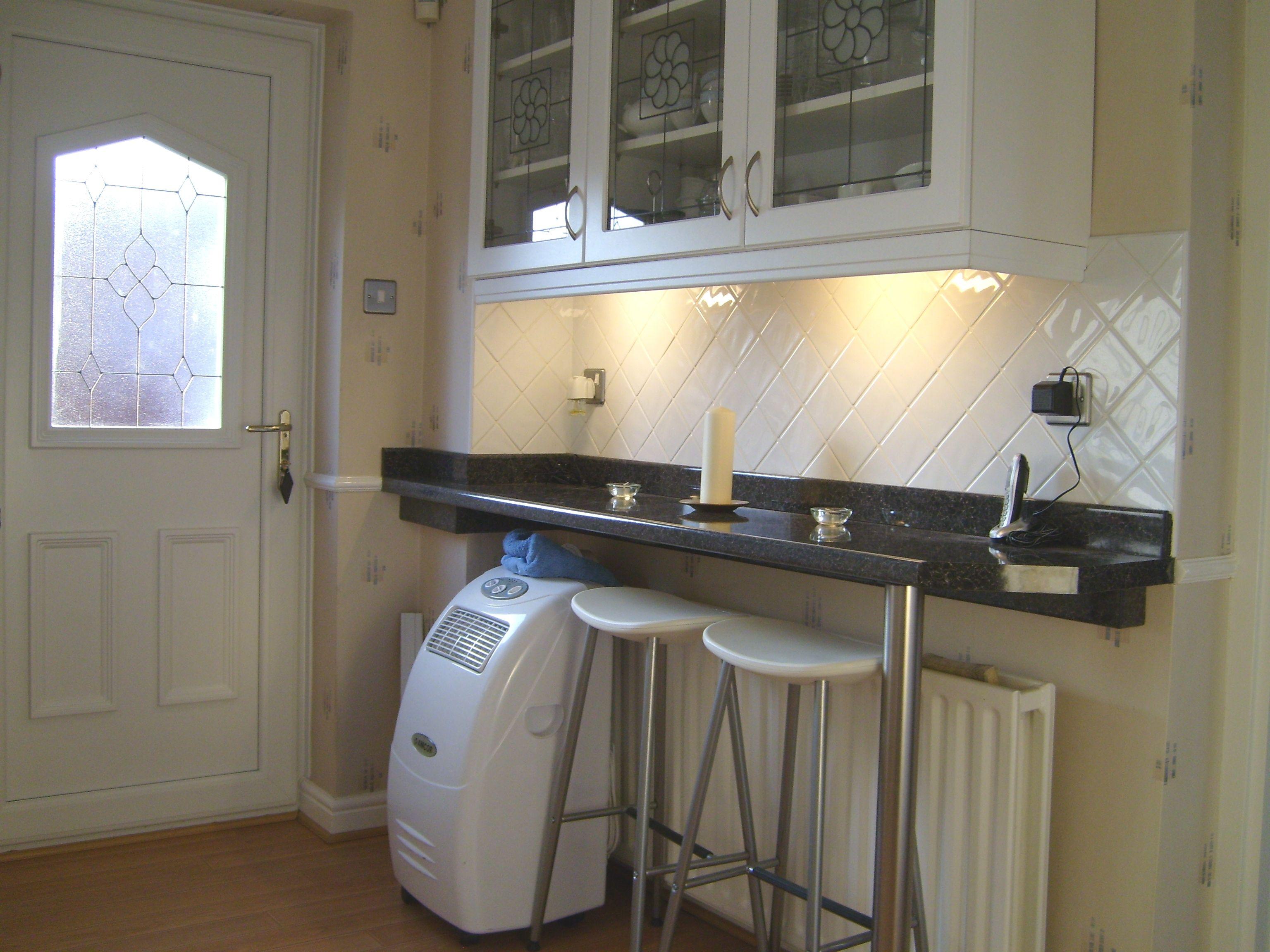 Wall Mounted Kitchen Bar Table Fruhstucksbar Kuche Kuche Mit Theke Kuche Mit Insel