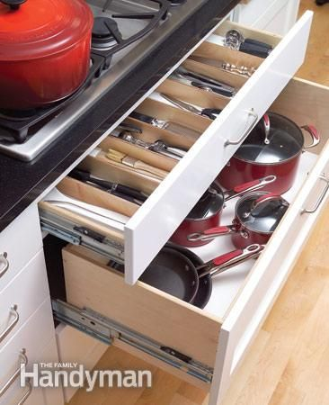 Storage Drawers Under Cooktop Like The Shallow Drawer With Dividers On Top