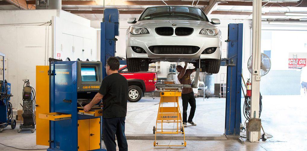 Collision Auto repair shop, Collision repair shops, Auto