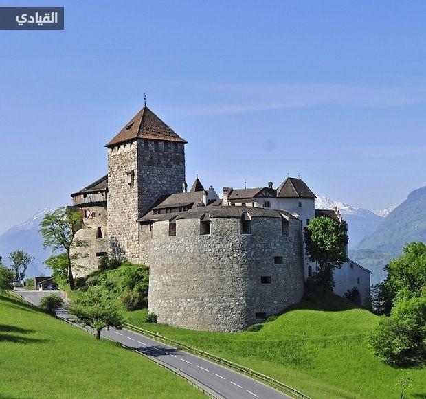 صور إمارة ليختنشتاين في جبال الألب Castle Castel House Styles