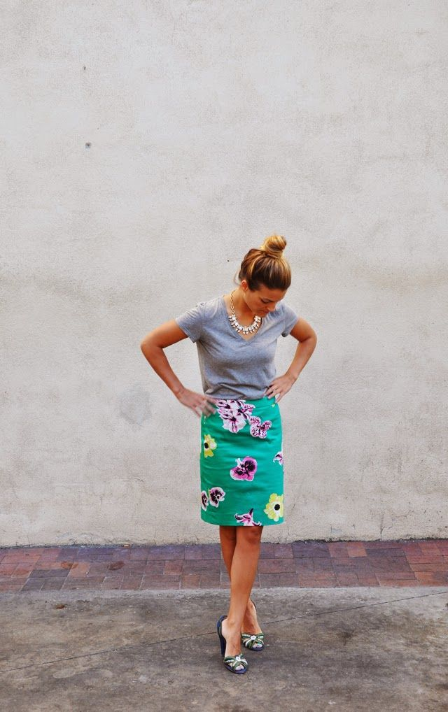 WhitePages: Flower skirt & T-shirt for no reason