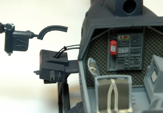 Die Kabel an den Kameras, zum Vergleich mit dem Bausatzteil... in jedem Fall eine Verbesserung!