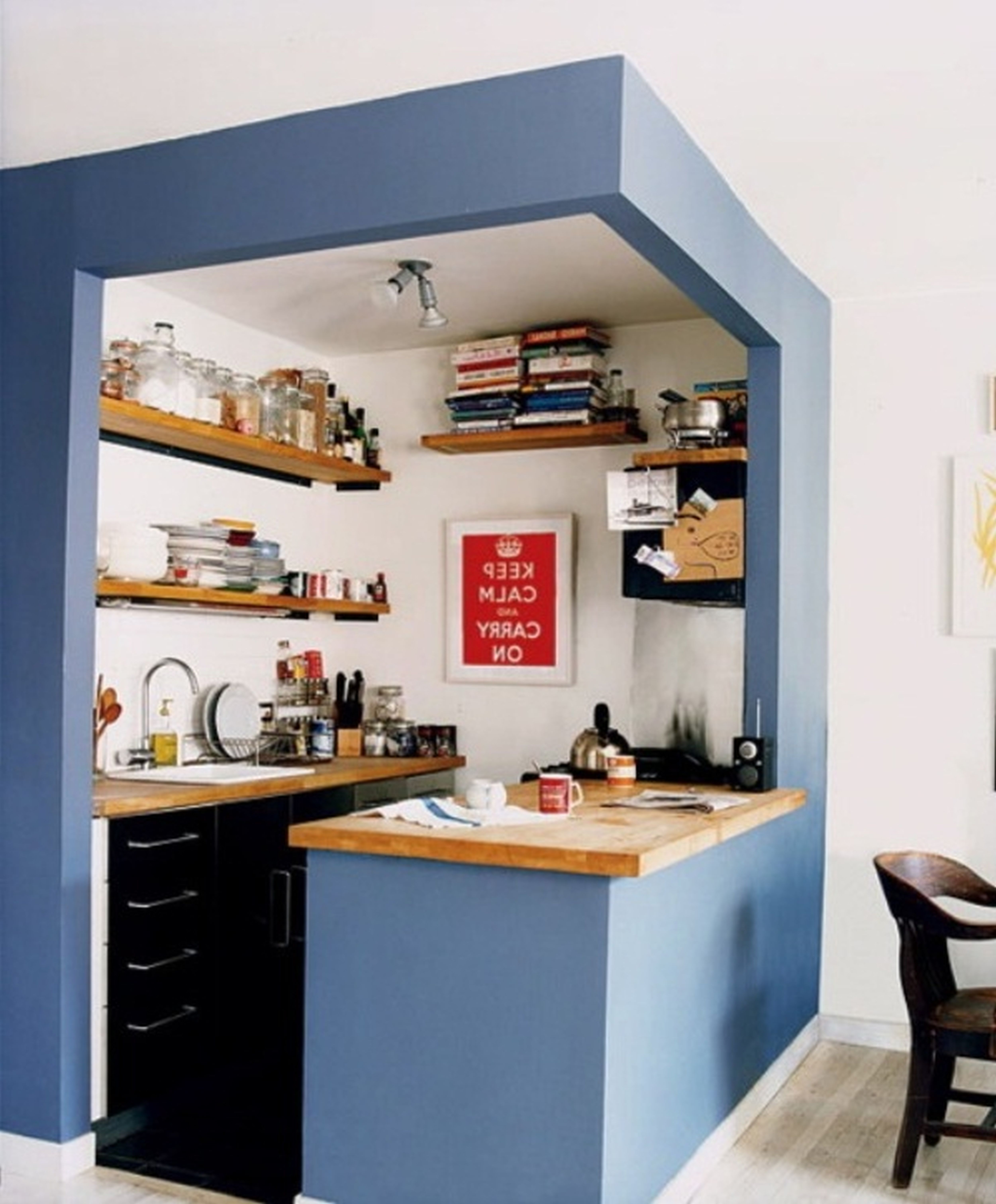 Idea for a small kitchen space which would fit into the corner of ...