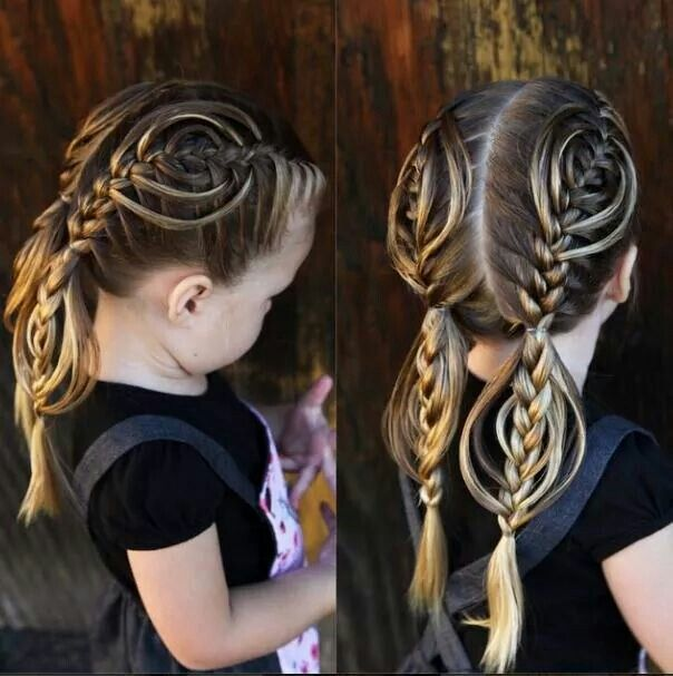 """Check out this adorable French braid variation of the """"cookie cutter braid"""" by @abellasbraids! ♥ it."""