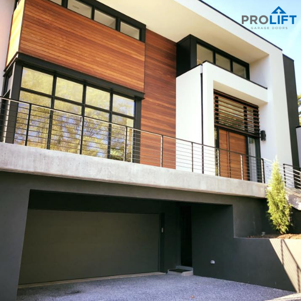 This Beautiful And Modern Home Design Includes A Clopay