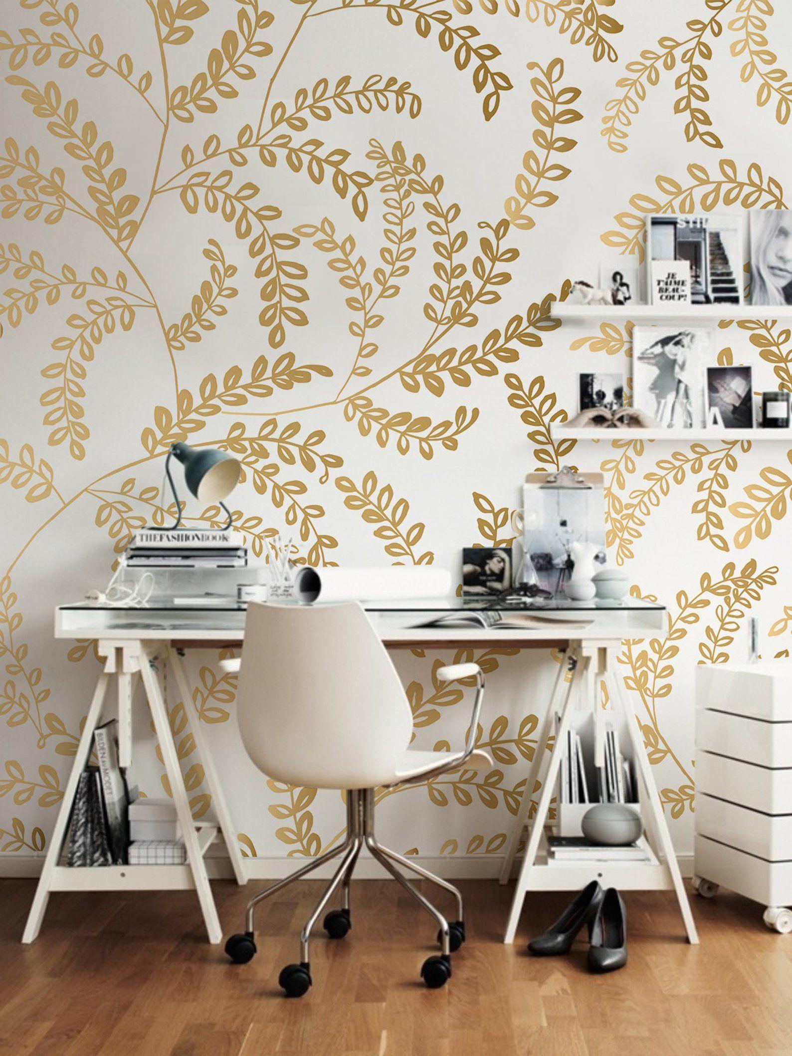 CHINOISERIE Garden Metallic Silver Chinoiserie wallpaper