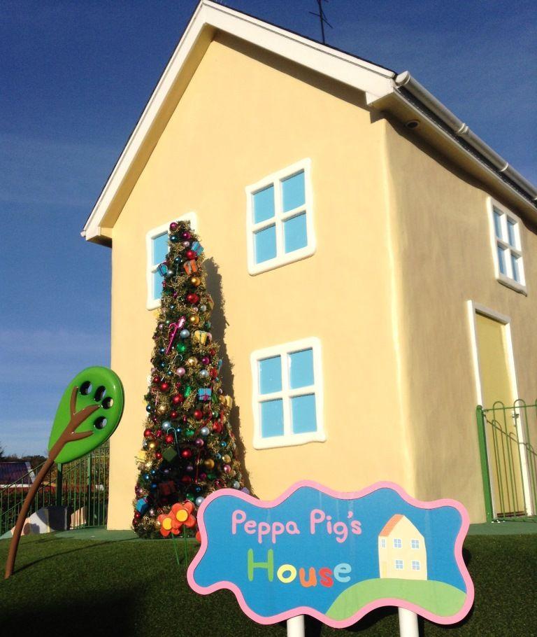 Peppa Pig's House at Christmas. https://paultonspark.co.uk ...