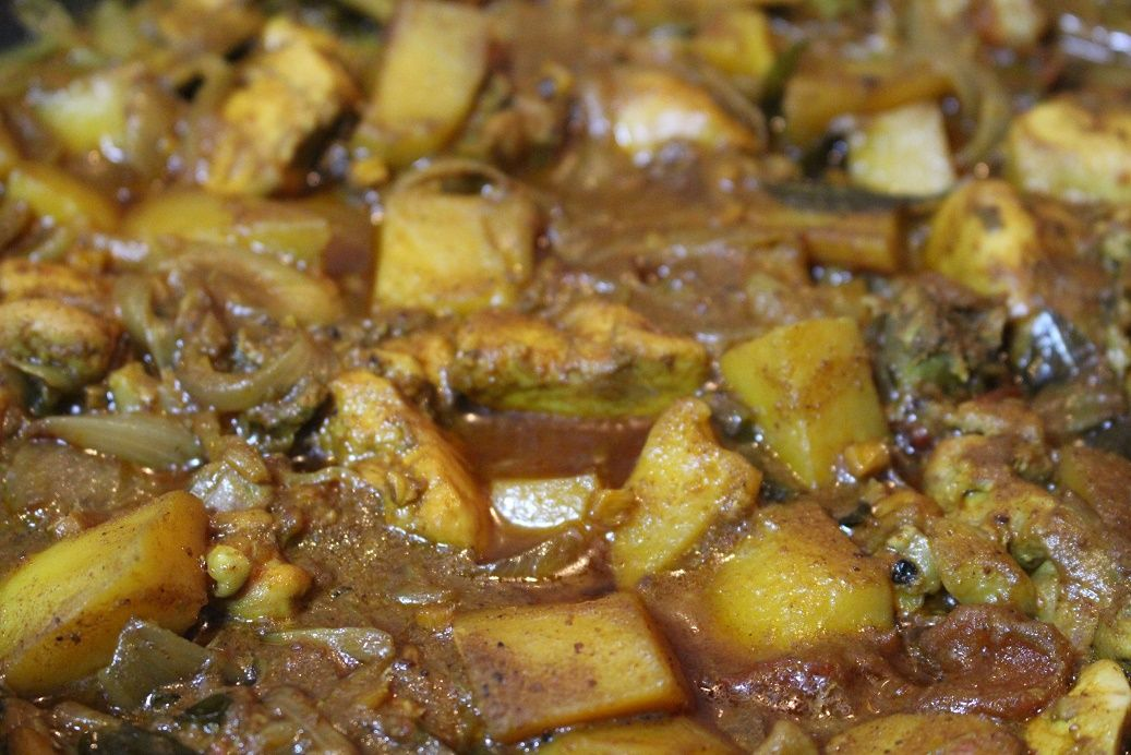 Chicken and Potato Curry |