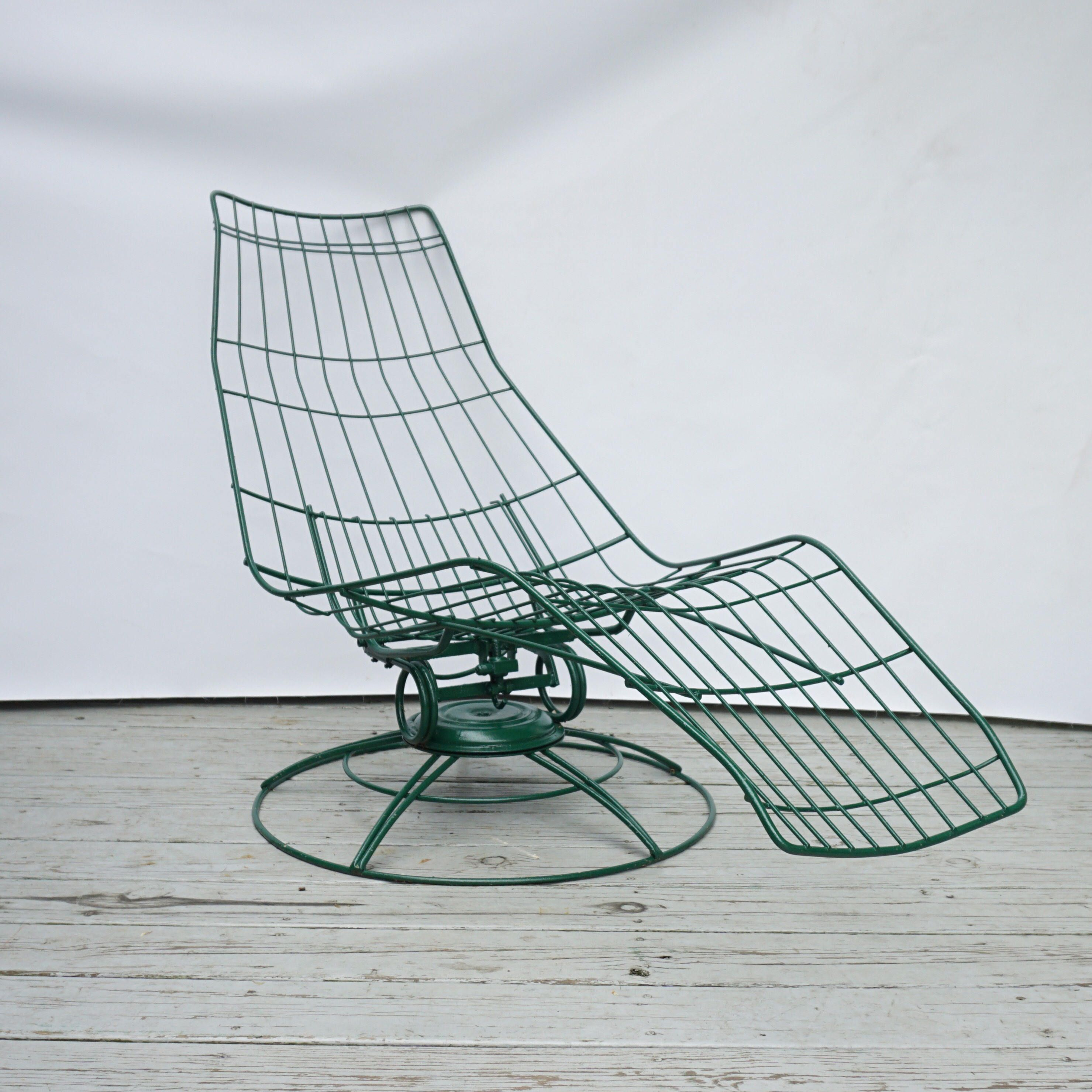 Mid Century wire patio lounge chair / Homecrest vintage lounge chair ...