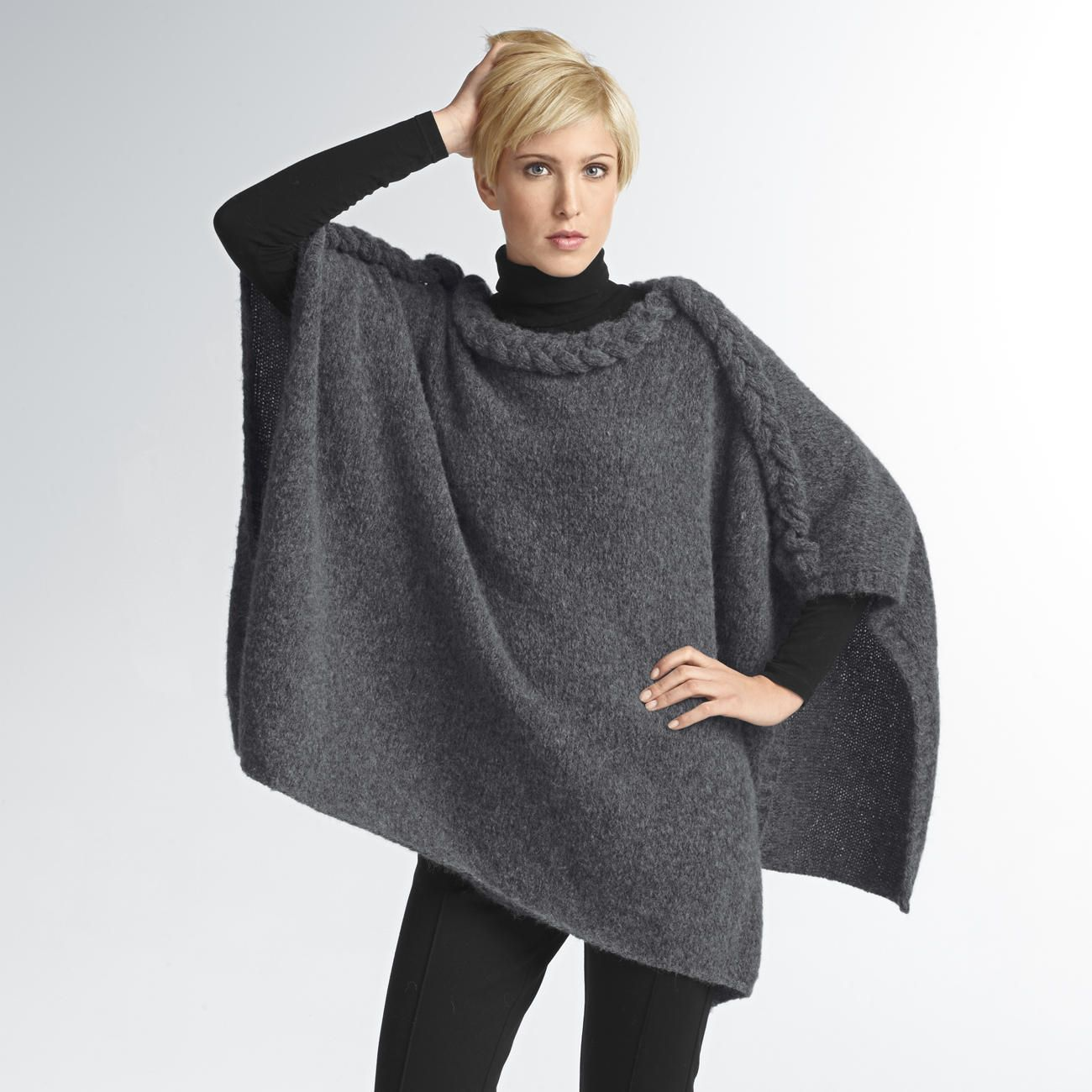 Modell 1294 Poncho Aus Fluffetto Von Junghans Wolle Ponchos