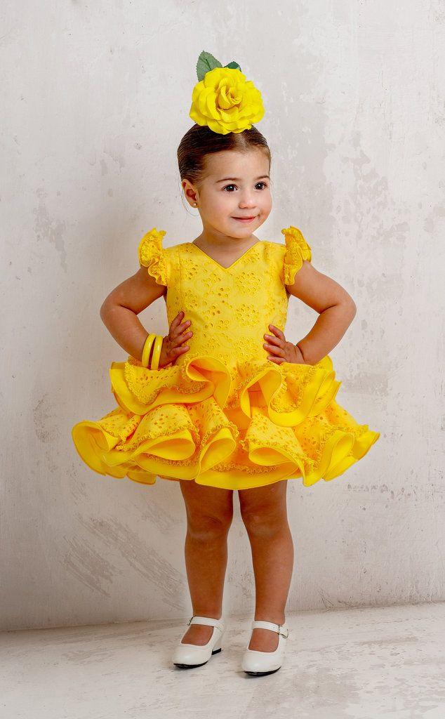 Traje De Gitana Para Niña Amarillo Perforado Dos Volantes Vestido Flamenco Niña Traje Flamenca Niña Trajes De Gitana