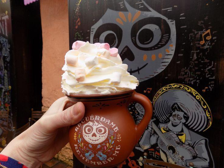 Photo of Kakao mit Kakao im Fuente Del Oro Restaurant, Disneyland Paris