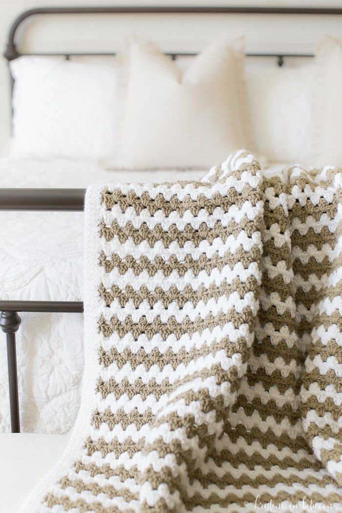 20 Awesome Crochet Blanket Patterns for Beginners | Cobijas para ...