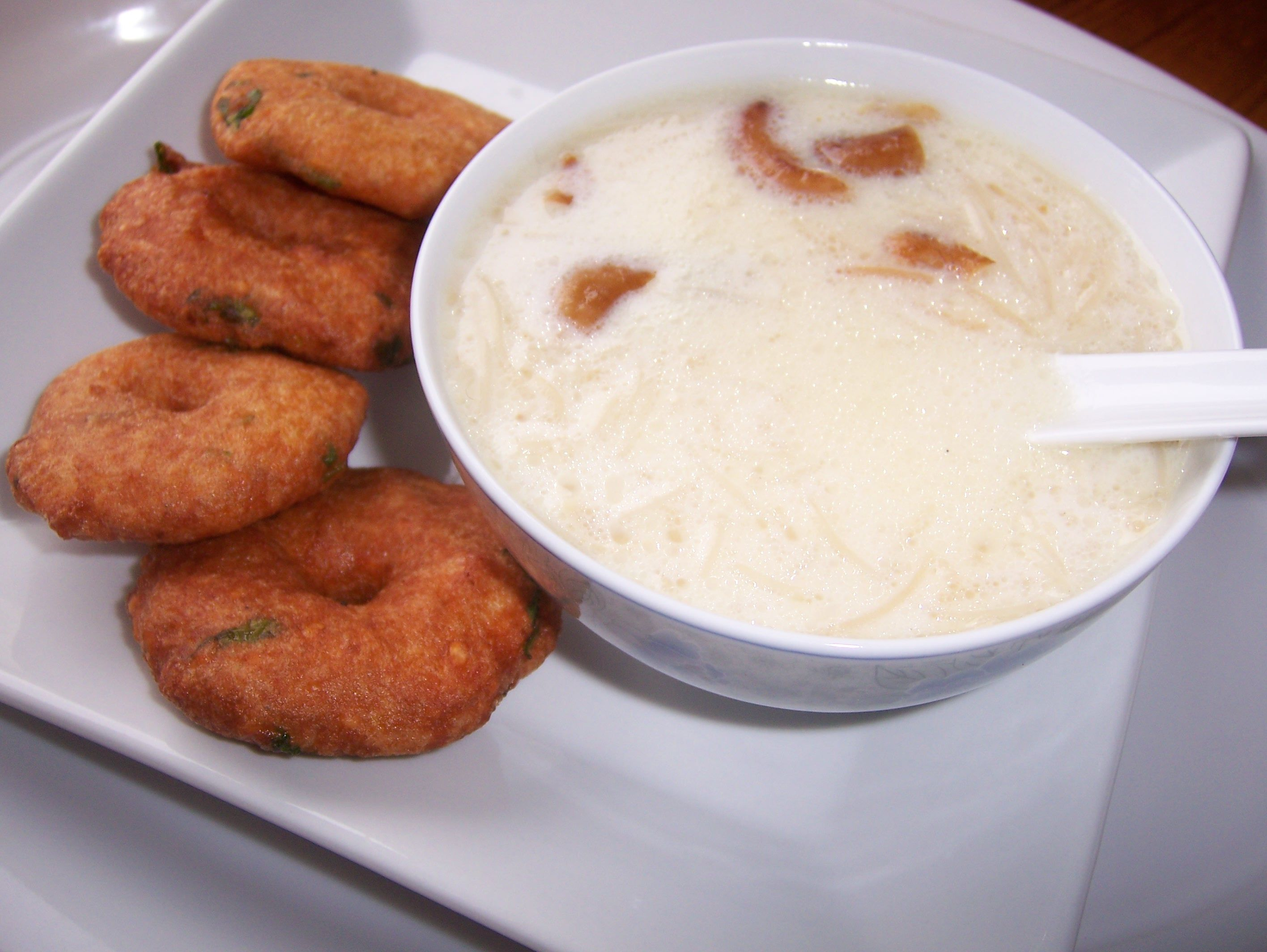 Vermicelli kheer or semiya payasam indian dessert recipe vermicelli kheer or semiya payasam indian dessert recipe forumfinder Images