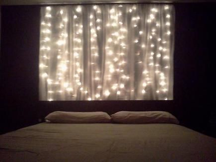 Pin By Holly Anderson On Apartment Therapy Wall Behind Bed Home Bedroom Wall