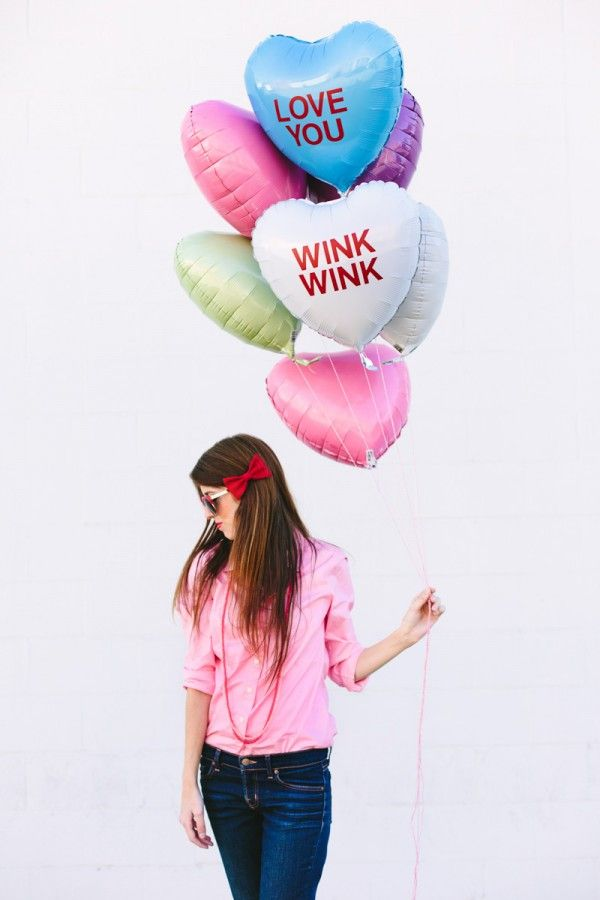 DIY Conversation Heart Balloons for Valentineu0027s Day