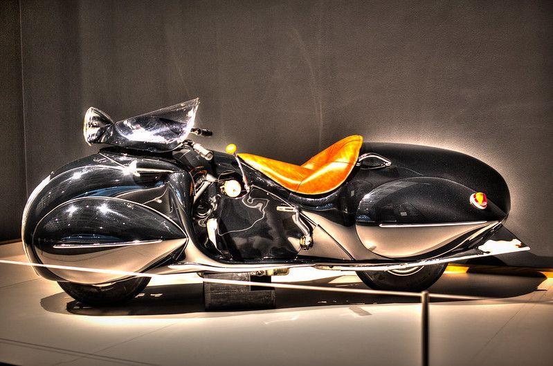 1930 Henderson Kj Streamline Henderson Motorcycle Retro Motorcycle Motorcycle Design