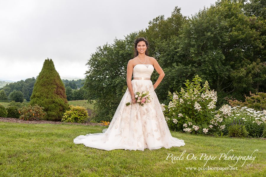 Pineda Banks Boone Blowing Rock NC Wedding Photo By Pixels On Paper Photography Blog Melody Pierre Photographers