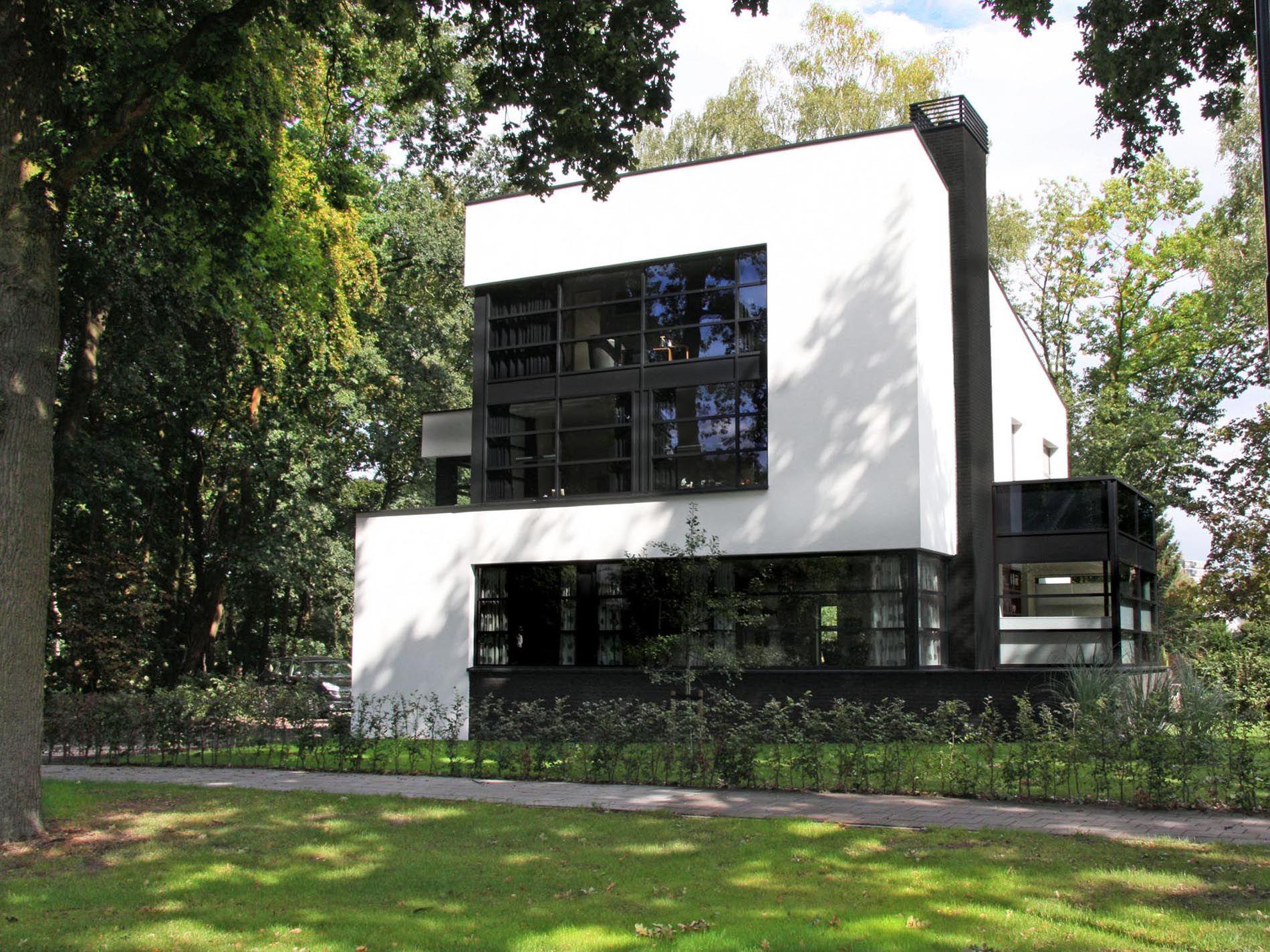 Maas architecten woonhuis apeldoorn stucwerk modern for Moderne villa architectuur