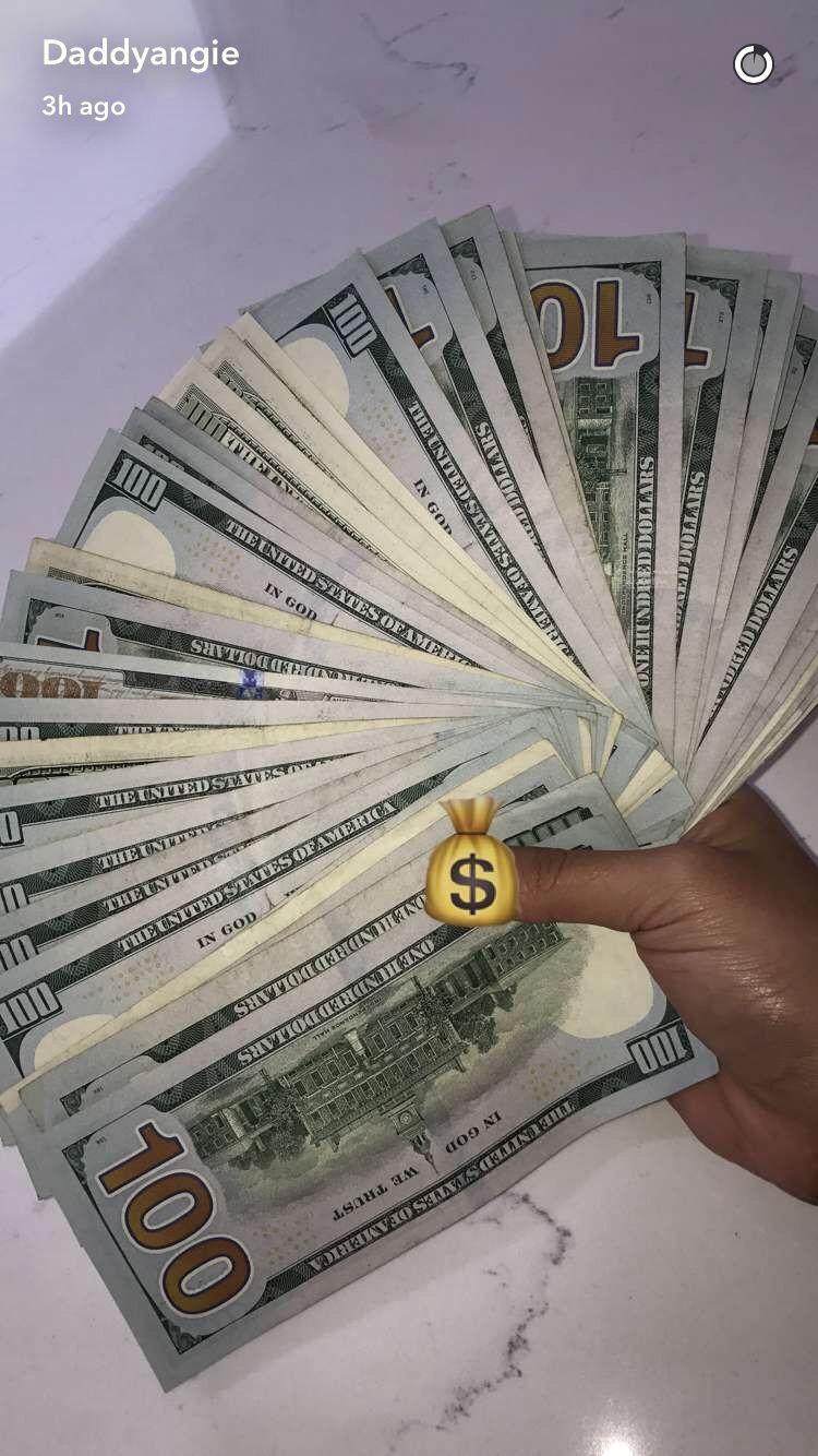Idea by boujie doll 💋🧸. on bandzzz . Money stacks, Money