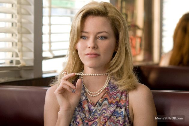 The Uninvited Publicity Still Of Elizabeth Banks Emily Browning The Uninvited Elizabeth Banks Elizabeth Banks Movies