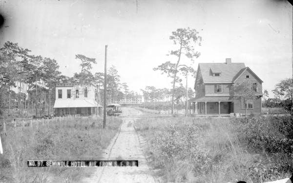 florida memory view down new england avenue with the. Black Bedroom Furniture Sets. Home Design Ideas