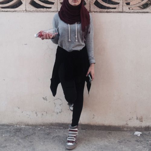 Tumblr O0fxdljnru1t4x06io1 500 500 Swag Pinterest Hijabs Sporty And Swag