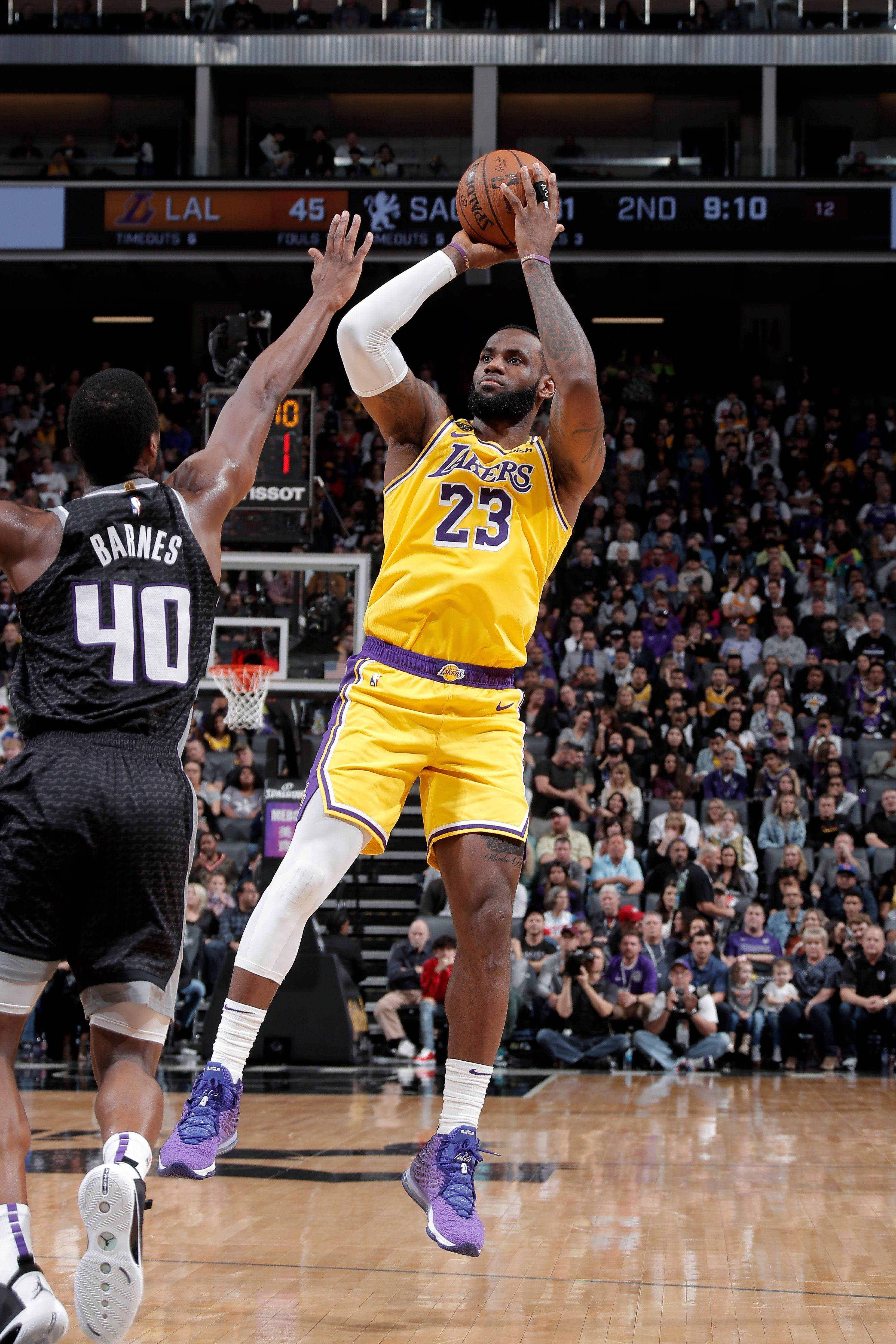 Photos Lakers Vs Kings 02 01 2020 Los Angeles Lakers In 2020 Lakers Vs Kings Lakers Vs Los Angeles Lakers