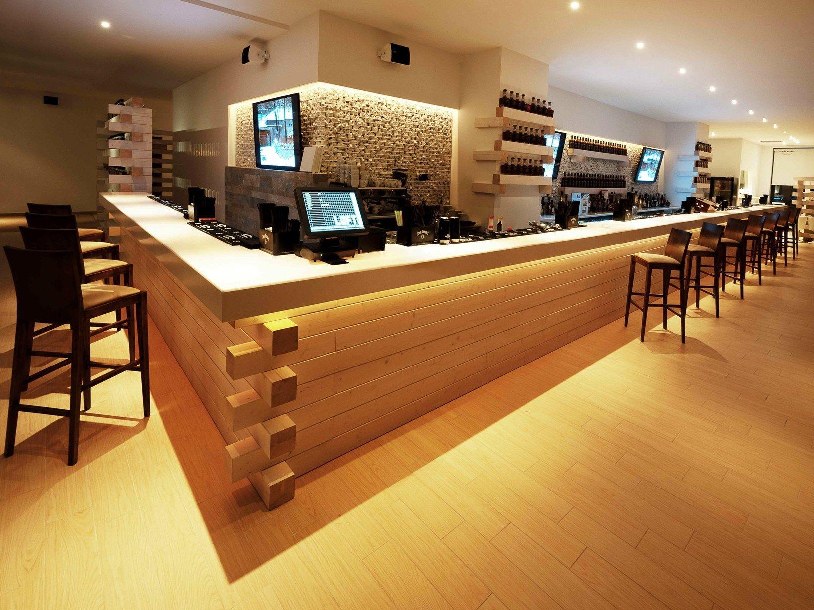 Foto barra de bar de reformes i projectes barcelona dise for Modelos de barras de bar para casas
