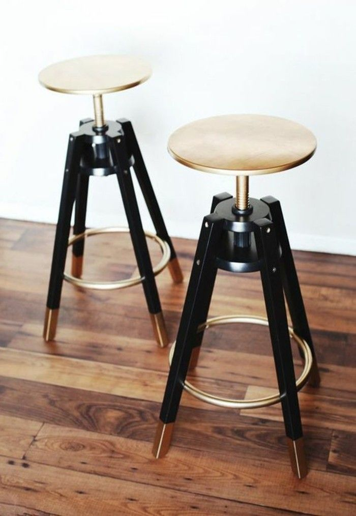 Tabourets De Bar 105 Designs Extraordinaires A Vous Couper Le Souffle Archzine Fr Tabouret De Bar Tabouret Tabouret De Bar Noir