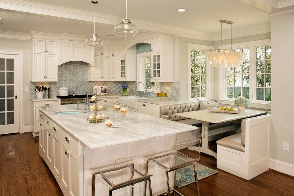Contemporary Kitchen With Island And Built In Breakfast