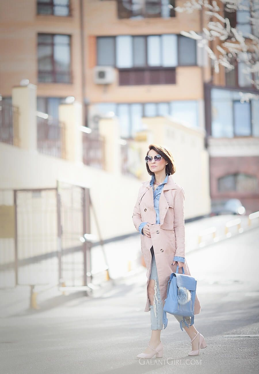 rose+quartz+trench-outfit-with-backpack