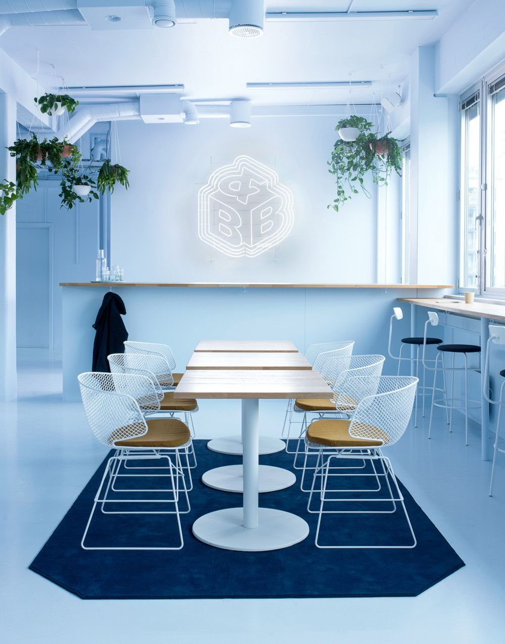 An Intriguing Oslo Office Reinvented Around The Concept Of A Scandinavian Spaceship Nordic Design Office Interior Design Interior Design Modern Interior Design