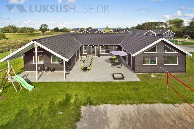 Idyllisch Gelegenes Poolhaus In Nordborg Auf Alsen In 2020 Poolhaus Haus Ferienhaus