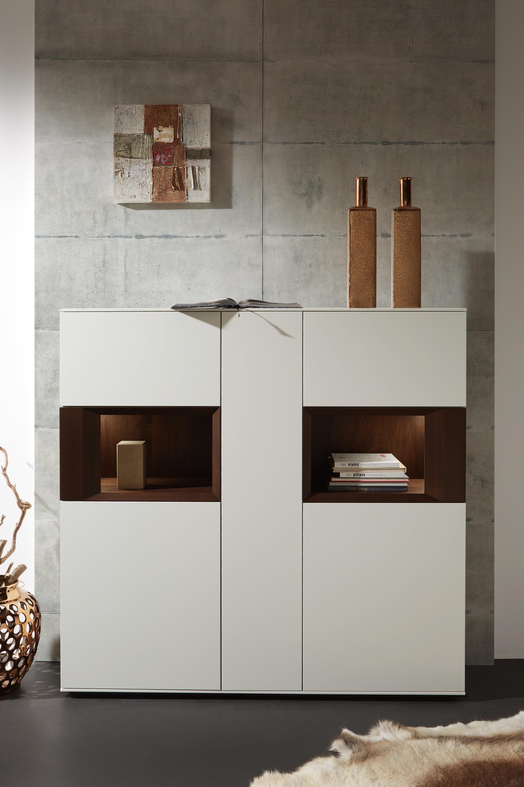 Sideboard In Kernnussbaum Von Dieter Knoll Highboard Aufbewahrung Wohnzimmer Foyerdesign