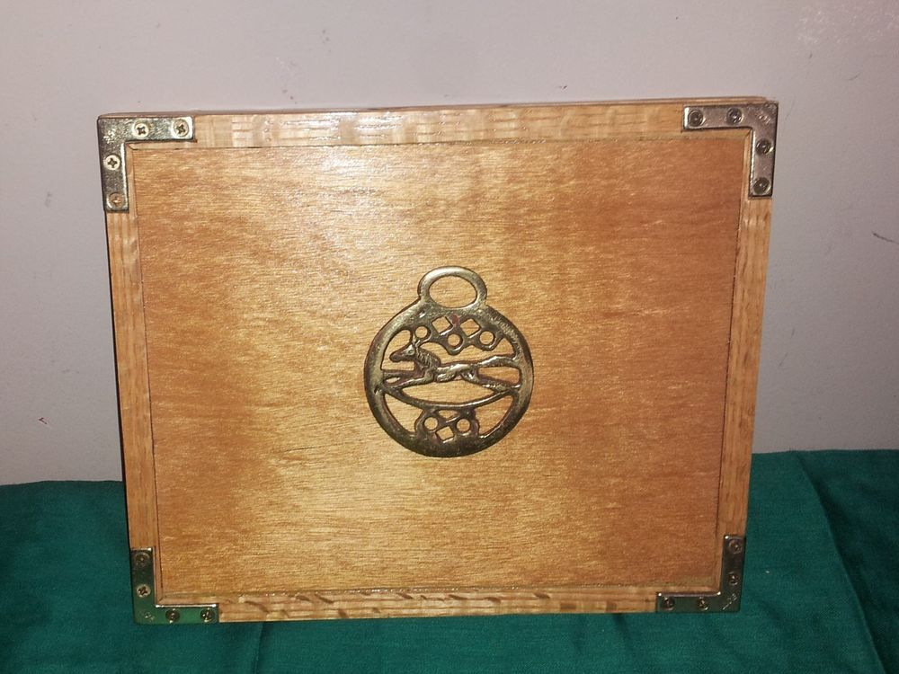CUSTOM MADE WOOD APPLE IPAD PROTECTIVE SHELL WITH BRASS
