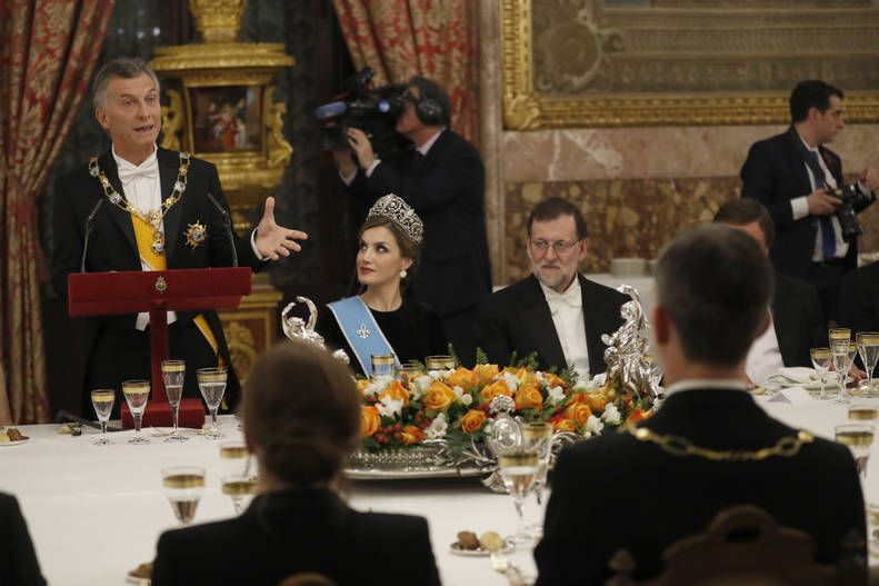 Foro Hispanico de Opiniones sobre la Realeza: Queen Letizia of Spain and Mauricio Macri, and the Prime Minister of Spain, Mariano Rajoy Brey. Gala Dinner in honour of Argentina's President Mauricio Macri and his wife at the Royal Palace on February 22, 2017 in Madrid, Spain.