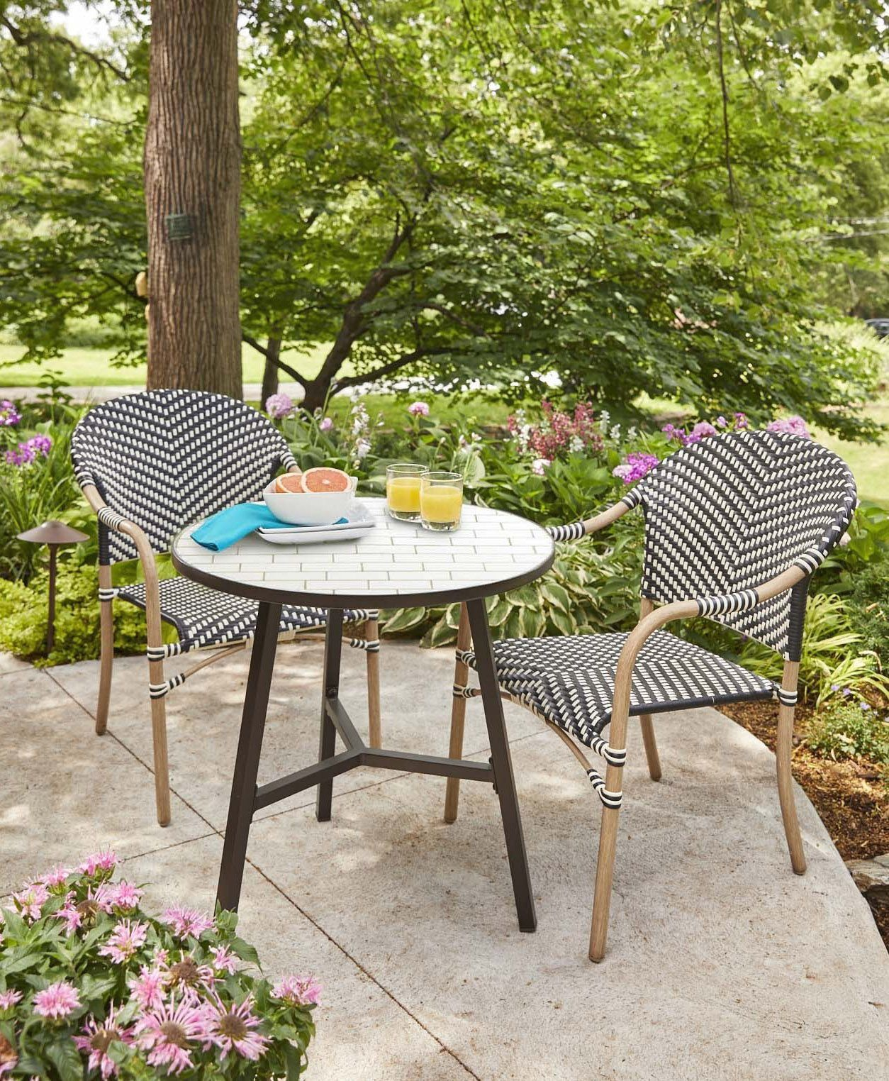 Walmart's New Outdoor Spring Line Is Surprisingly Stylish