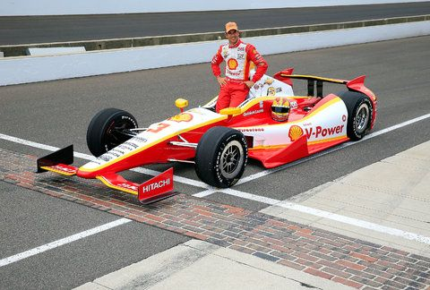 Franchitti And Castroneves Pause In New York Before Indianapolis 500 Helio Castroneves Indianapolis 500 Indy 500