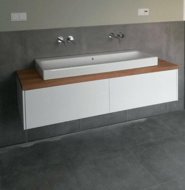 Badezimmerschrank In Eiche Und Weiss Badezimmer Klein Badezimmerideen Badezimmer