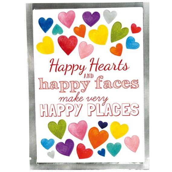 """TEE-POSTKARTE HAPPY HEARTS """"HAPPY HEARTS AND HAPPY FACES MAKE VERY HAPPY PLACES"""" Diese Postkarte ist mit ca.  20g Tee (Sorte je nach  Jahreszeit) gefüllt und kann  als Kompaktbrief mit der  Deutschen Post versendet  werden. Über diese besondere  Art der Postkarte freut sich  jeder Empfänger."""