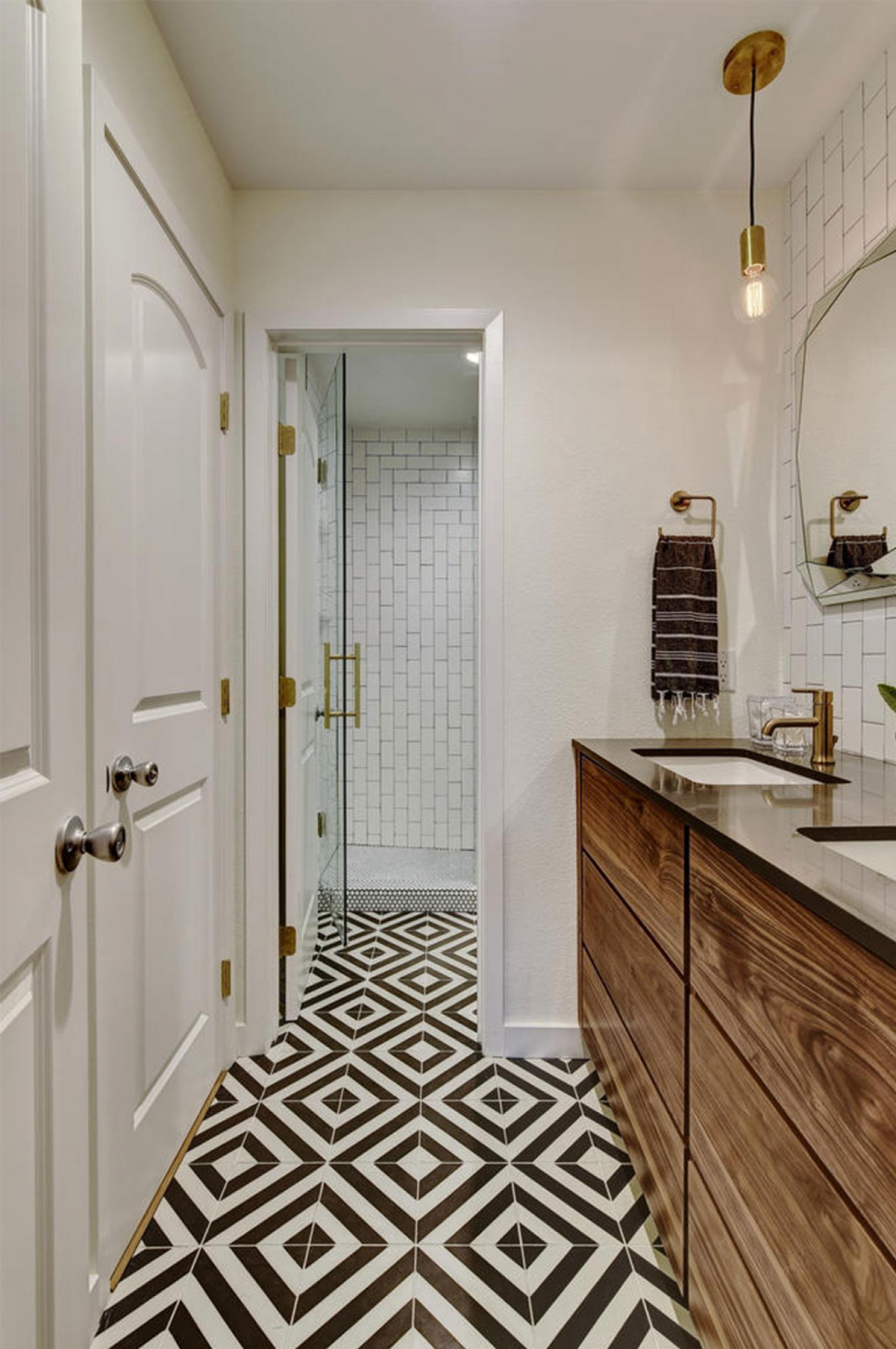 Practical Master Bathroom Ideas: Bathroom-twist-photography-1