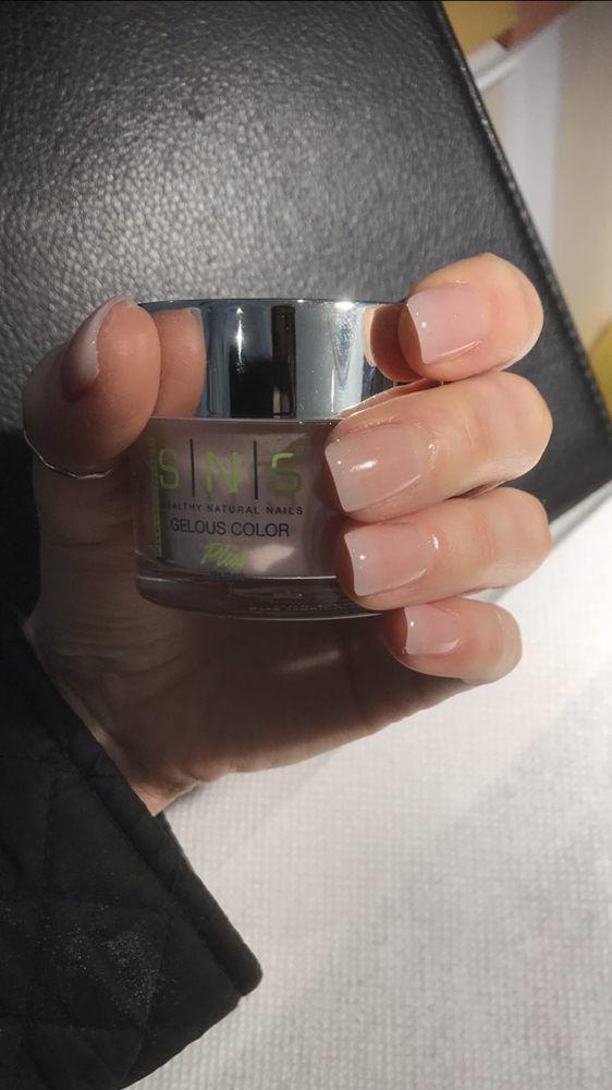 Photo Of Dx Organic Nails Spa Bethesda Md United States Sns Dipping Powder With The Great New Techniq Unas De Gel Cuadradas Manicura De Unas Unas De Gel