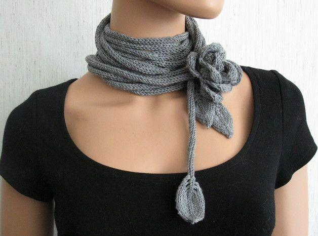 Strickschal Strickkette mit Blume Merino Wolle | Strickschals, Wolle ...
