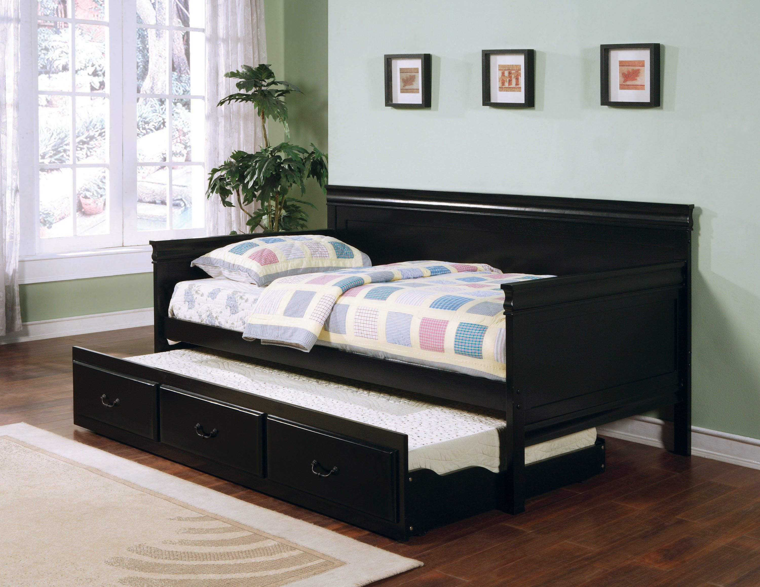 Daybed With Trundle In 2021 Daybed With Trundle Twin Daybed With Trundle Bed Furniture What is a daybed with trundle