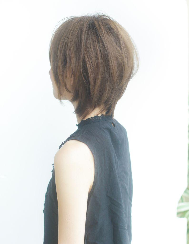 ひし形ボリュームショートヘア Yr 285 ヘアカタログ 髪型 ヘア
