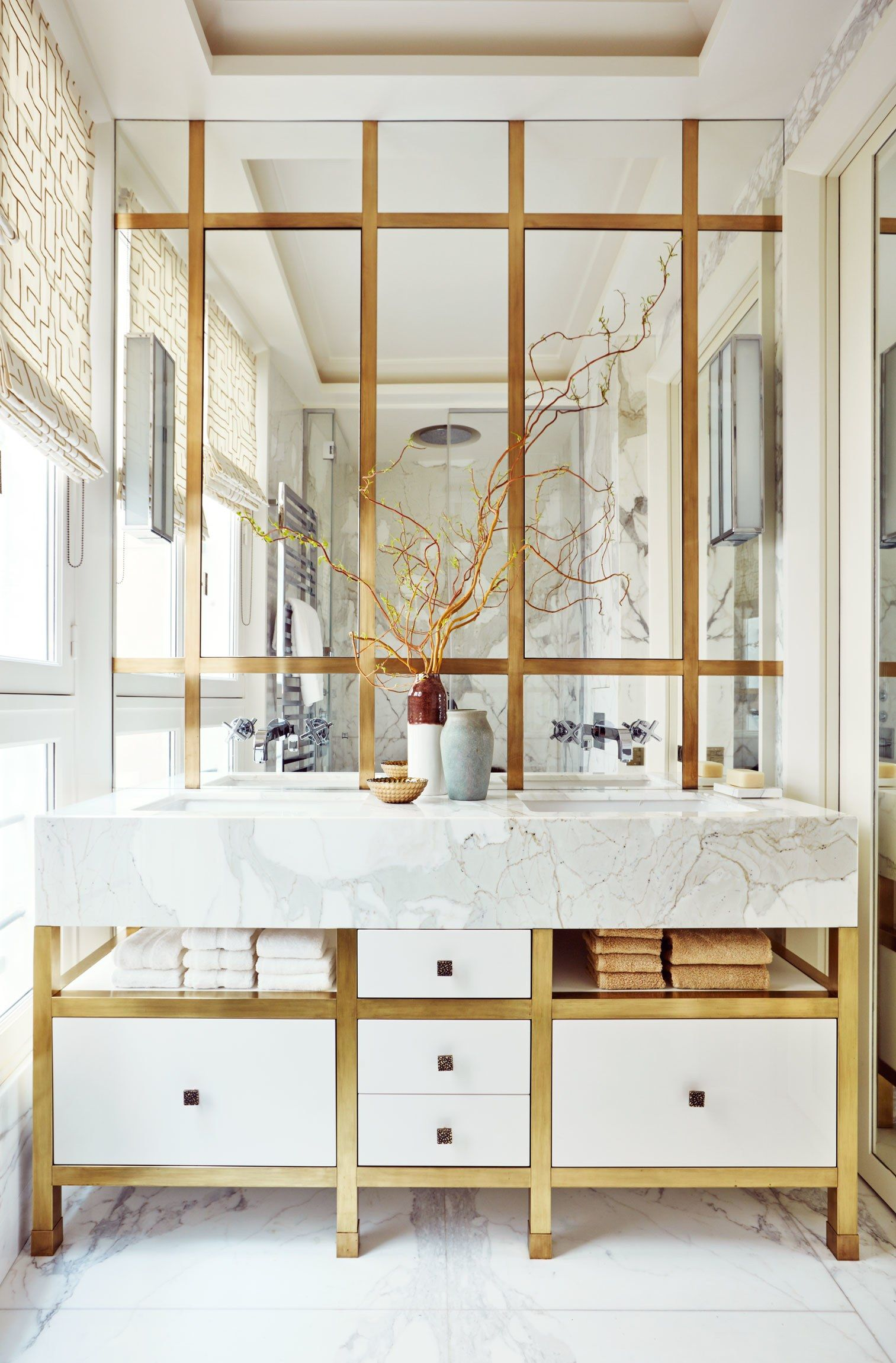 A Paris Apartment\'s Luxuriously Layered Master Bath | Bath, Spaces ...