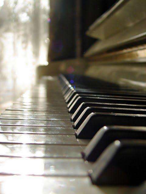 Piano Sheet Music Downloads | Musicnotes.com
