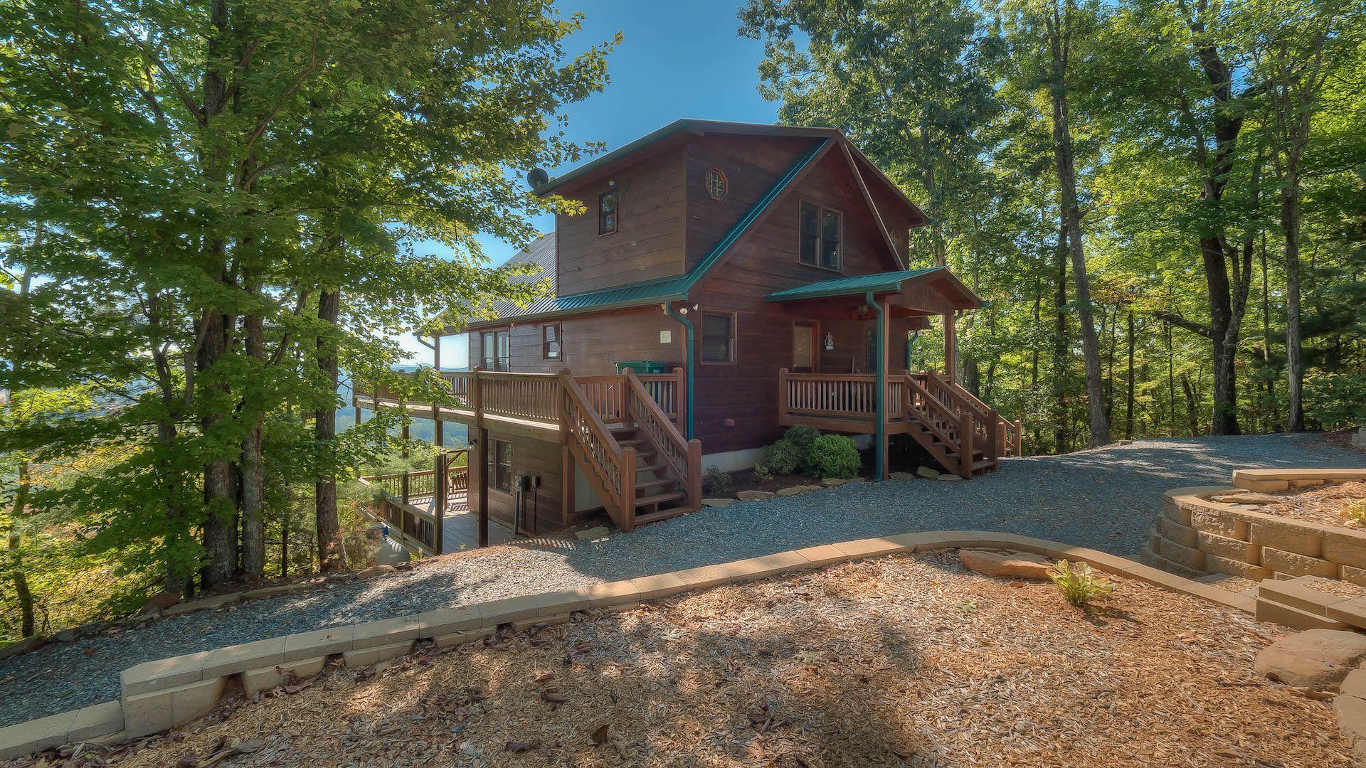 At Sunrise Ridge Rental Cabin - Blue Ridge, GA | AR Lake