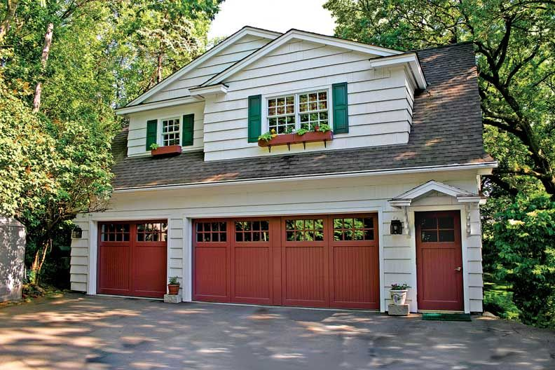 How to Choose a Garage Door & How to Choose a Garage Door | House front Front entry and Carriage ...